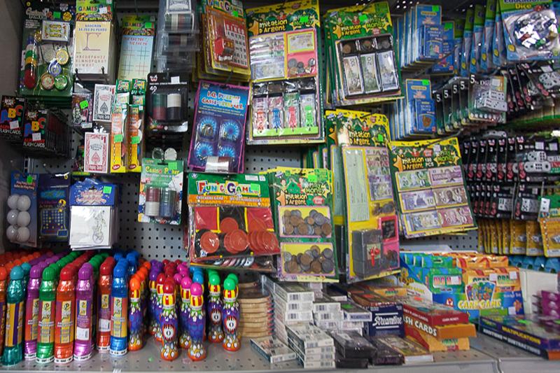 Bingo Dabbers & Cards